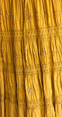褶边,裙子,满画幅,镜子,花边,长发,女装,纹理效果,纺织品,层次
