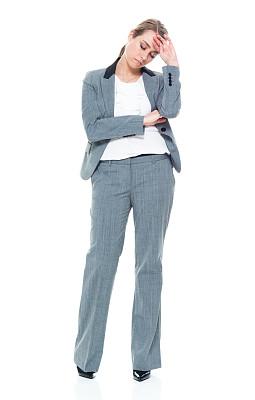 一个人,青年女人,20到29岁,全身像,情绪压力,商务人士,疲劳的,女商人,套装,女性