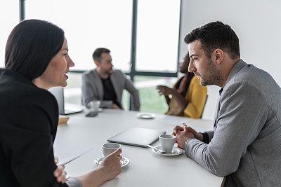 办公室,商务,职业,专业人员,策略,技术,商业金融和工业,商务策略,脑风暴,使用手提电脑