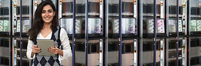 女性,it技术支持,数据中心,技术,云计算,计算机软件,网络安全防护,商业金融和工业,仅女人,仅一个女人