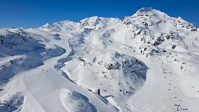 奥地利,滑雪坡,萨尔茨堡州,滑雪运动,航拍视角,滑雪场,雪板,运动,极限运动,无人机