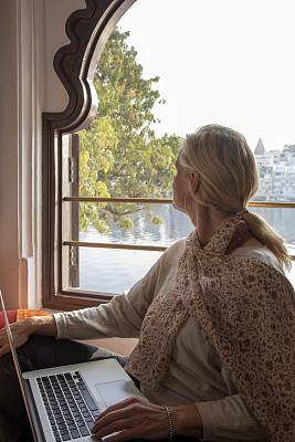 黎明,洗澡梯,中老年女人,湖,看,旅途,华贵,技术,逃避现实,印度