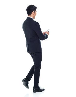 商务人士,男性,白色背景,手机,青年人,前面,在活动中,商务,电子邮件,专业人员