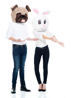 面具,主持人,白色背景,男性,伪饰,衣服,彩色运动茄克,背景分离,狗,兔子