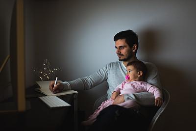 夜晚,女婴,父亲,加班,家庭,加班,支撑,爱,相伴