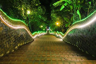 素贴寺,楼梯,清迈省,室内过夜,照明设备,泰国,著名景点,小路,户外