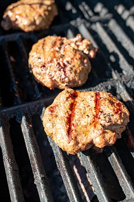 汉堡包,羊肉,炊具,格子烤肉,牛排,肉,垂直画幅,野餐,膳食,食品