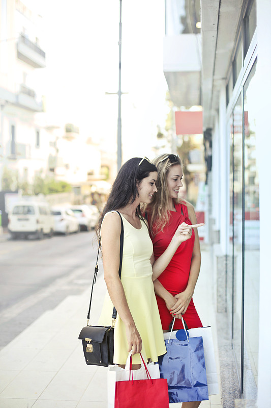 逛橱窗,女人,儿童,窗户,夏天,城市,意大利,乐趣,女孩,零售店