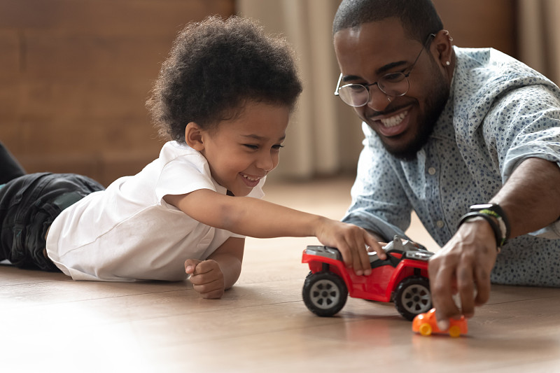 家庭,玩具,进行中,乐趣,幸福,有钱人,可爱的,独生子女家庭,热,休闲游戏