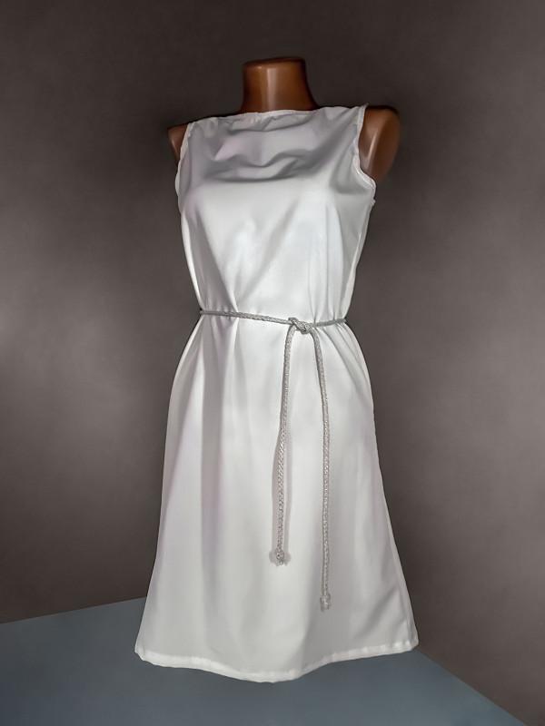简单,暗色,人造模特,腰带,白色长裙,背景聚焦,分离着色