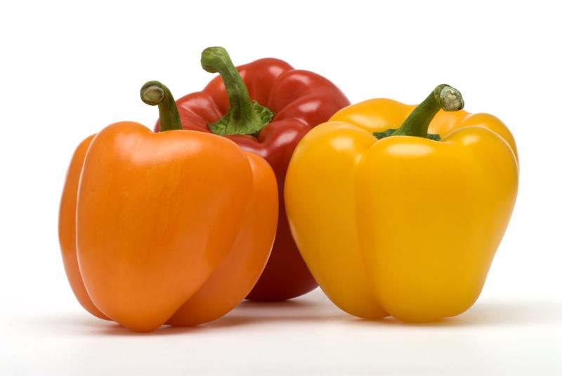 灯笼椒,三个物体,白色背景,水果,蔬菜,橙色,红色灯笼椒,背景分离,生活方式,黄色