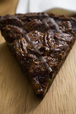 巧克力,胡桃派,美洲山核桃,垂直画幅,留白,甜馅饼,早餐,无人,小吃,坚果