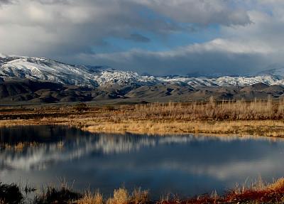 山,三只动物,水,天空,暴风雨,水平画幅,雪,无人,蓝色,原野