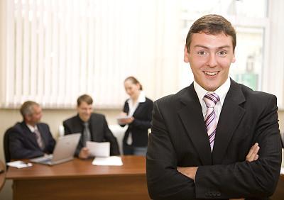 男商人,团队,办公室,笔记本电脑,水平画幅,会议,人群,图像,文档,经理