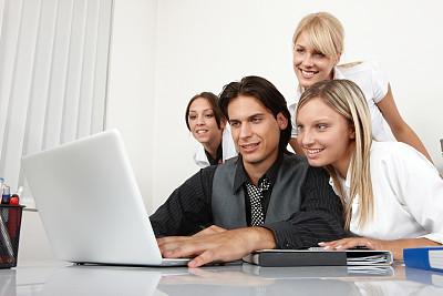 办公室,脑风暴,笔记本电脑,水平画幅,会议,人群,商务会议,白人,男商人,图像