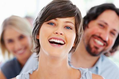 青年人,女商人,快乐,办公室,美,30到39岁,水平画幅,美人,白人,男商人