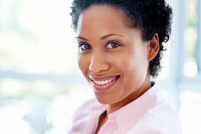女人,可爱的,室内,美,水平画幅,美人,非裔美国人,特写,仅成年人,白领