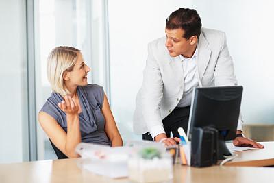 职业,30到39岁,脑风暴,领导能力,水平画幅,商务会议,白人,男商人,经理,男性