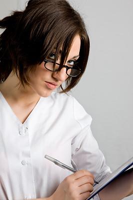 写字板,垂直画幅,制服,白人,图像,文档,心理健康专业人员,专业人员