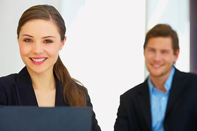 商务人士,正面视角,健康,套装,男商人,经理,男性,仅成年人,现代,网上冲浪
