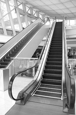 电动扶梯,购物中心,横截面,垂直画幅,未来,建筑,无人,天花板,商店,两个物体