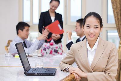 女商人,套装,男商人,经理,仅成年人,现代,青年人,专业人员,彩色图片,信心