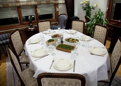 土耳其,家庭,餐桌,传统,座位,桌子,水平画幅,椅子,居住区,盘子