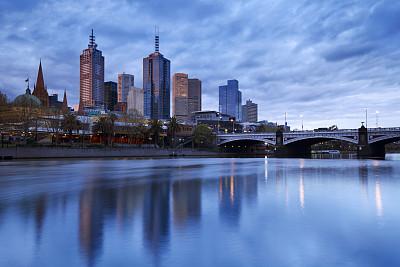 亞拉河,城市天際線,黃昏,澳大利亞,墨爾本,弗林德斯街站,澳大利亞文明,水,天空,留白