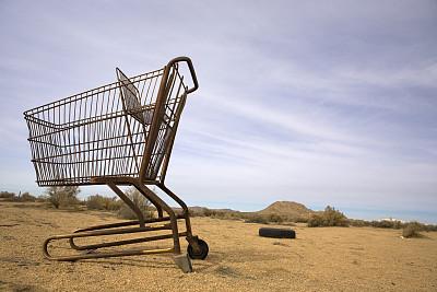 垃圾,沙漠,购物车,天空,车轮,水平画幅,沙子,食品杂货,商店,户外