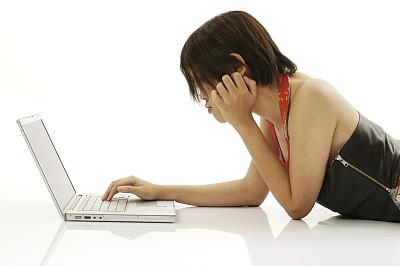 家庭办公,美,青少年,笔记本电脑,水平画幅,注视镜头,电子邮件,电子商务,现代,知识