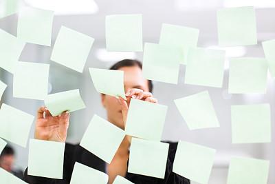 脑风暴,任务清单,办公室,留白,灵感,水平画幅,在之后,玻璃,标签,便签