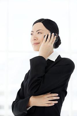 中国人,女人,假笑,垂直画幅,30到39岁,半身像,仅中年女人,仅成年人,白领,青年人