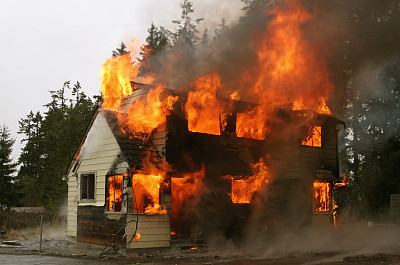 房屋,复杂性,火,充满的,水平画幅,拆毁的,烟,建筑业,工业,概念