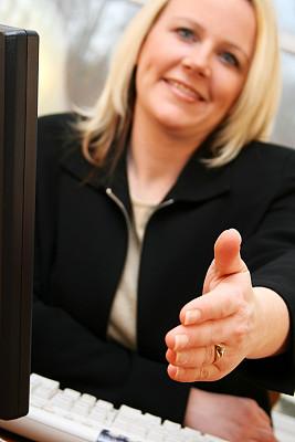 女商人,左撇子,垂直画幅,忙碌,30岁到34岁,仅成年人,居住区,白色,专业人员,技术