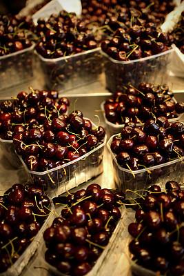 樱桃,垂直画幅,饮食,水果,无人,生食,熟的,小吃,黑色,市场