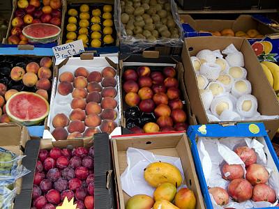 蔬菜水果店,水果,盒子,零售展示,水平画幅,无人,板条箱,桃,生食,商店