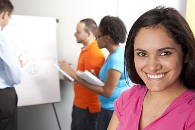 教室,多种族,女性,拉丁文,大学生,拉美人和西班牙裔人,水平画幅,人群,非裔美国人,图像