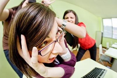 女孩,计算机实验室,残酷的,仅成年人,知识,青年人,技术,计算机,公司企业,书桌