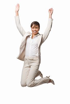 注视镜头,幸福,女商人,垂直画幅,四肢,举起手,套装,仅成年人,自由,青年人