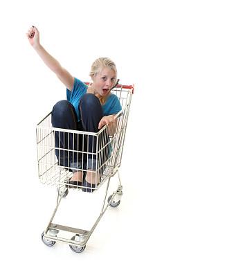 垂直画幅,青少年,留白,食品杂货,顾客,超级市场,购物车,商店,电子商务,青春期前儿童