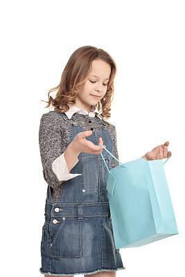 10岁到11岁,女孩,垂直画幅,白人,白色,看,情感,儿童,仅儿童,幸福