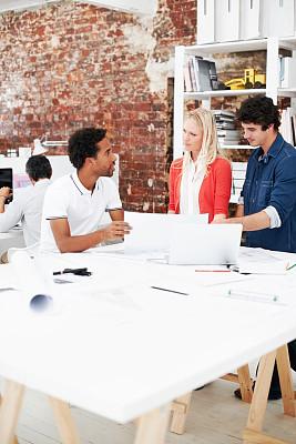 建筑,垂直画幅,文档,想法,青年人,技术,设计师,计算机,书桌,正装