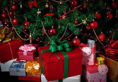 圣诞礼物,2013,水平画幅,无人,蝴蝶结,新年,圣诞树,圣诞装饰物,新年前夕