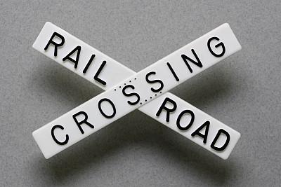 铁道路口,灰色,水平画幅,小的,交通标志,无人,铁轨轨道,灰色背景,概念
