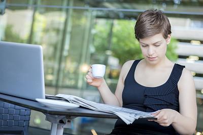 咖啡,女商人,早晨,青年人,文档,股市数据,工业,瓷器,技术