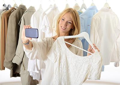 购物中心,青年女人,自拍,里面,服装店,正面视角,青少年,半身像,顾客