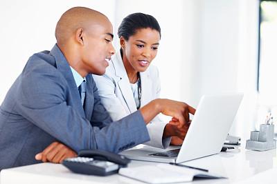 改变形式,办公室,留白,领导能力,笔记本电脑,水平画幅,套装,男商人,经理,男性