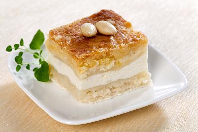 乳酪蛋糕,杏仁,白软干酪,奶制品,水平画幅,高视角,无人,蛋糕,烘焙糕点,特写