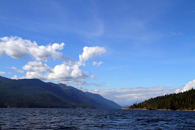 水湾,水,水平画幅,山,无人,户外,云景,彩色图片,松林,自然