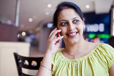 印度人,女人,快乐,茶水间,忙碌,黑发,30岁到34岁,图像,经理